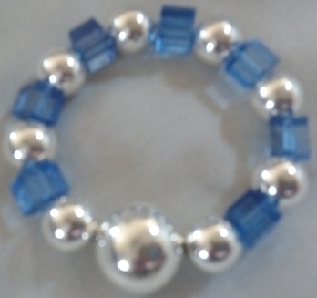W. Pearl with Squar Glass Blue Beaded Bracelet $15.00