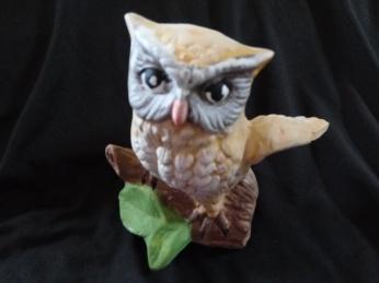 Item# V4-- Owl on Branch 15.00