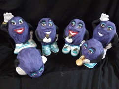 Item #V13-- The California Raisins Set $80.00
